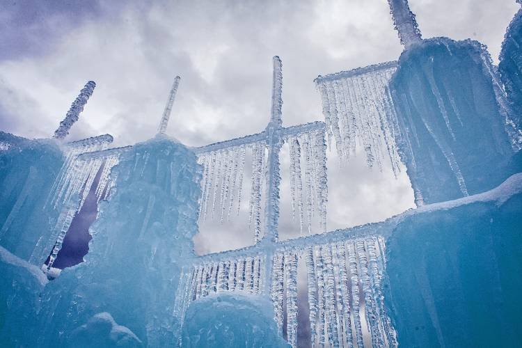 Buy Tickets Now for Ice Castles in Lincoln New Hampshire