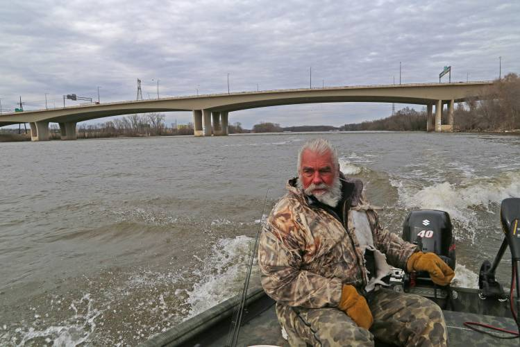 Valley news a cold trip for walleyes for Mississippi wind pool