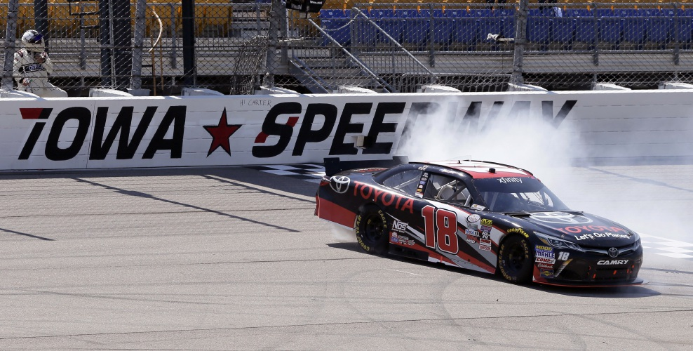 Victory Lane Auto Sales >> Valley News - Hornish Jr. Back In NASCAR Spotlight