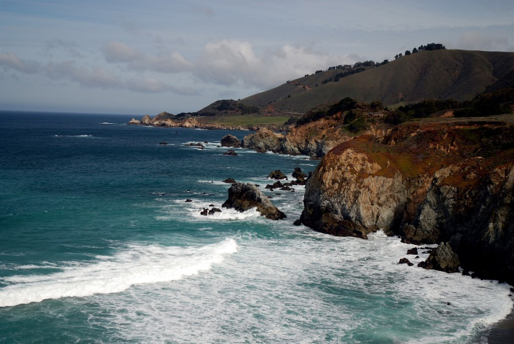 Valley News Rugged Beauty Of California Coast Offers A