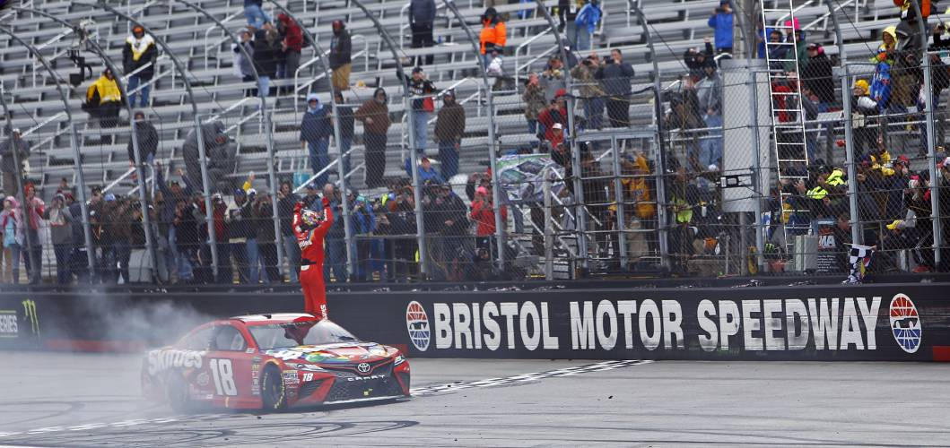 Valley News - Late Pass Puts Busch In BMS Victory Lane