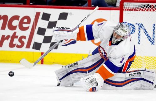 e679d17b0d6 Valley News - NHL Roundup: Greiss Stops 45 Shots in Islanders' Win