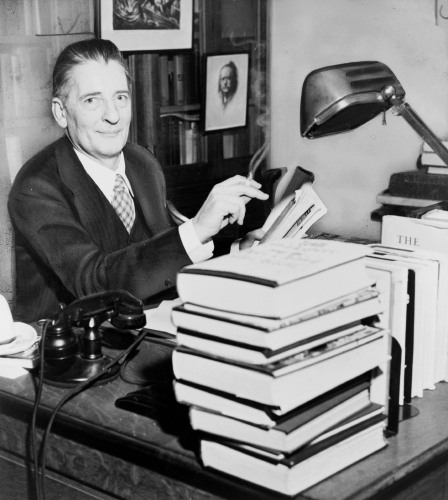 hemingway fitzgerald and maxwell perkins essay The genius behind the genius of fitzgerald, hemingway, wolfe, and more   maxwell evarts perkins was unknown to the general public, but to.