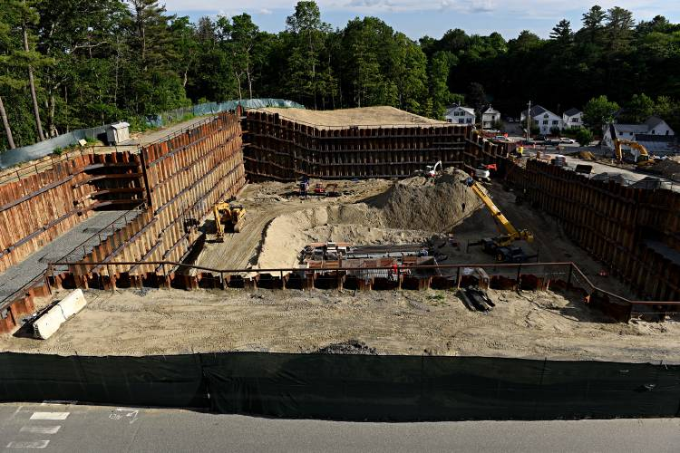 Valley News - Dartmouth halts $200 million project after