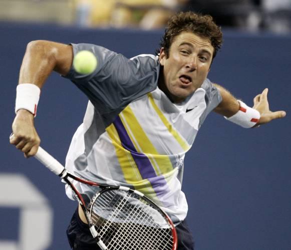 Valley News Sports Briefs Tennis Announcer Facing Assault Charge