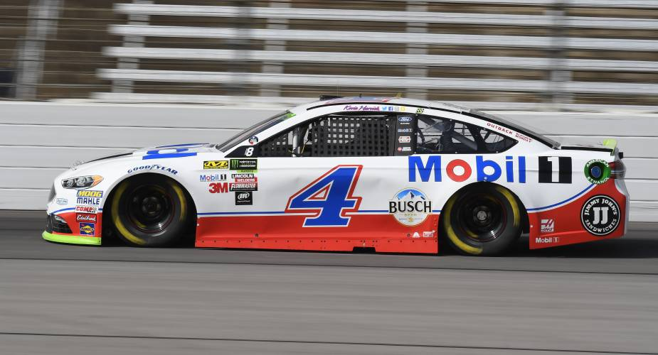 Five Cars Top 200 Mph In Texas Qualifying