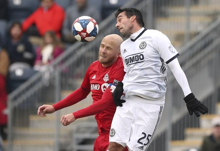 Valley News - Soccer roundup: Revs draw in MLS season debut