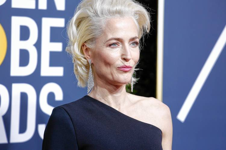 Valley News - Gillian Anderson Says This Season of 'The X-Files ...