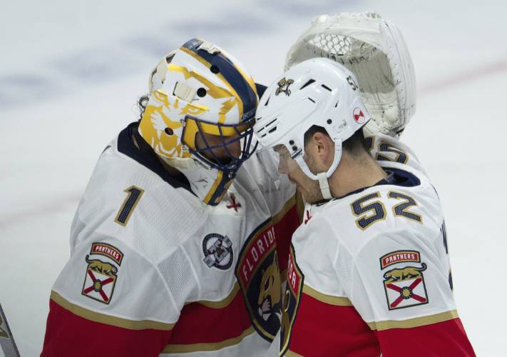 Valley News Panthers Goalie Luongo Who Soon Turns 40 Figuring