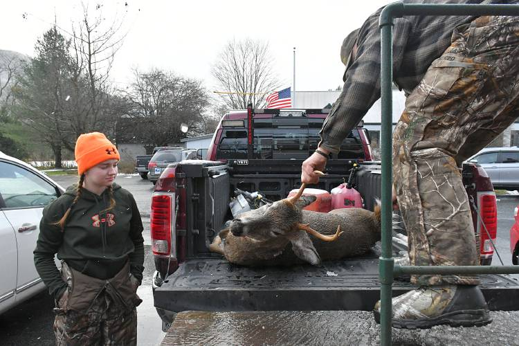 Valley News - Vermont Hunters Hit the Trail For Opening Day