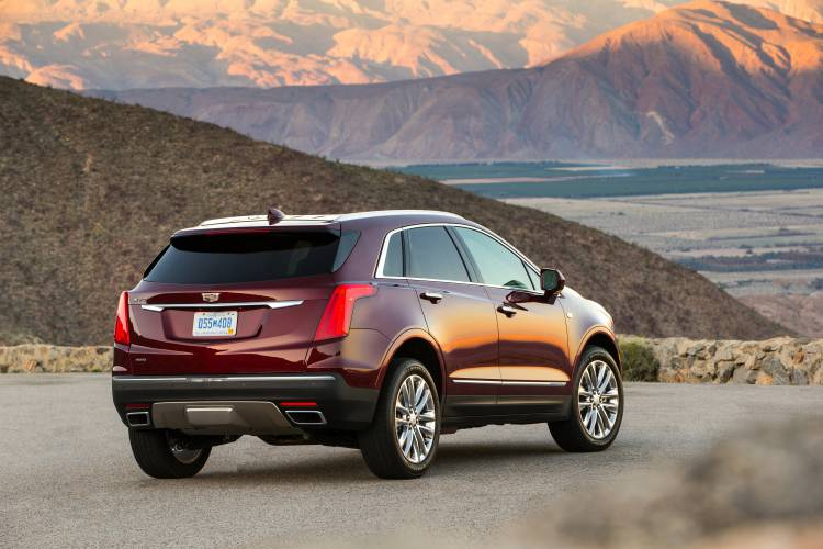 Valley News Auto Review 2017 Cadillac Xt5 A New And Improved Crossover