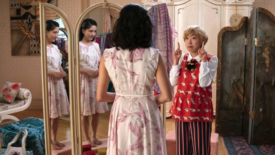 Valley News Review Actors Dazzle In New Cinderella