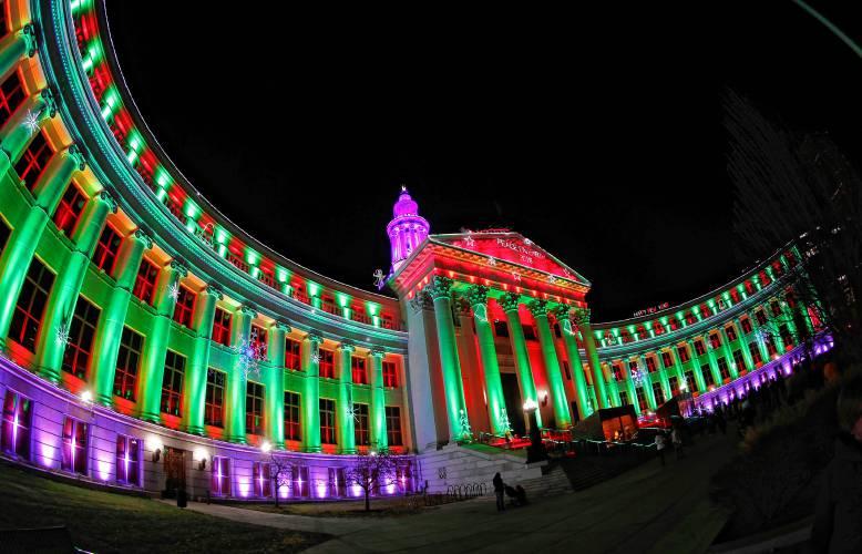 Christmas In Denver Colorado.Valley News Column In Colorado Waiting For A Little