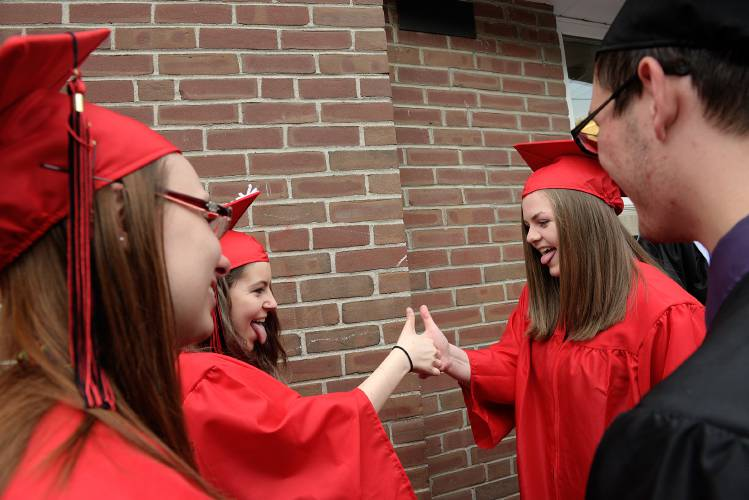 Valley News Stevens Sends Off Class Of 2017 With Song And Dance