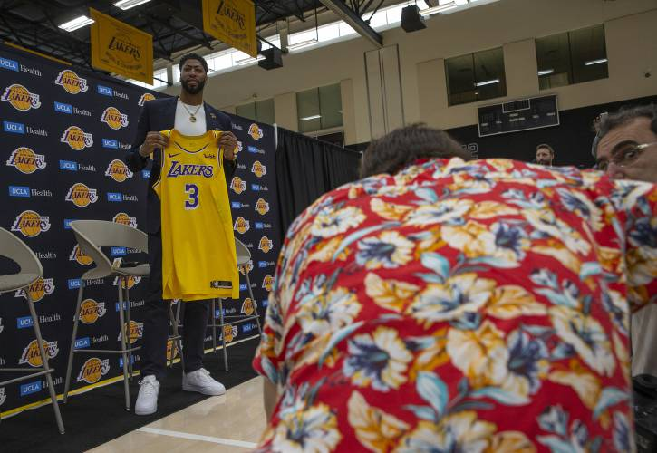 quality design 71127 5f813 Valley News - Commentary: Lakers' Davis wise to not promise ...