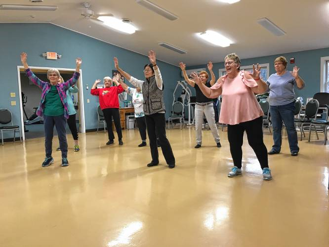 Valley News Sunday Seniors Body In Movement Class