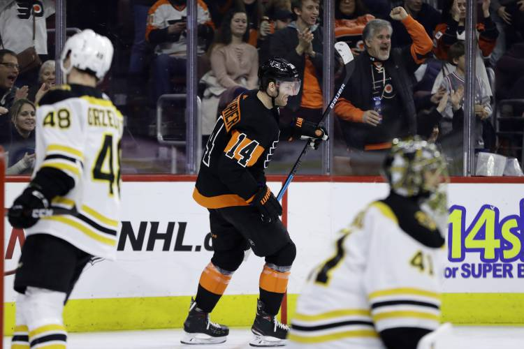 a39ce9b189b178 Valley News - NHL Roundup: Hat Trick Victimizes Bruins
