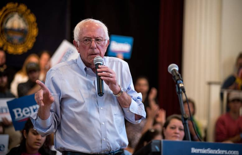Valley News - Sanders draws crowds on a day made for his message