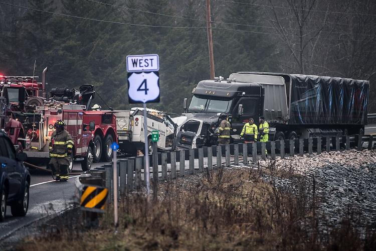 Valley News - Hartford Man Dies in Three-Vehicle Crash on