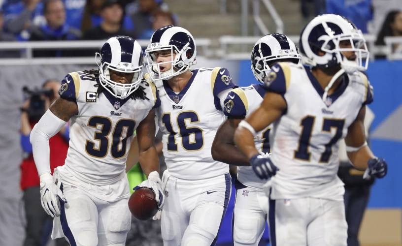 11b4d3be Valley News - NFL Roundup: Rams First to Clinch a Division