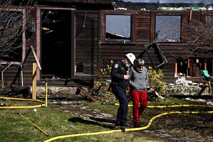 Valley News Fire Destroys Historic Farmhouse In Meriden