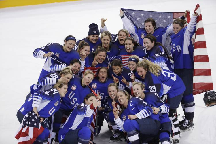 Valley News Two Leagues One Goal Women S Hockey Looks For Pro Unity