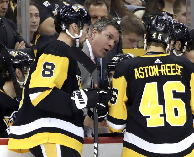 low priced 4e7ec 2867f Valley News - NHL/NBA roundup: Islanders put Penguins on the ...