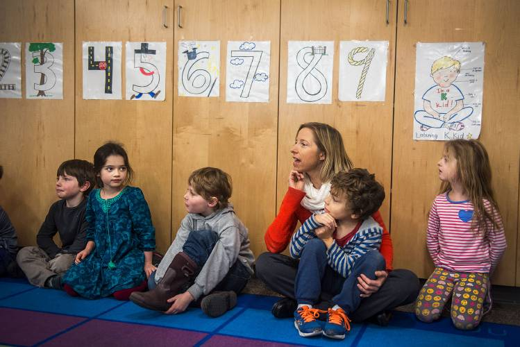 Pressures Rise As Pace Of Kindergarten >> Valley News Lyme School Aims For A Full Day Kindergarten Without