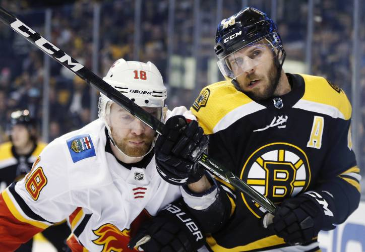 e86e3db8f Valley News - NHL Roundup  Bruins Put Out Flames